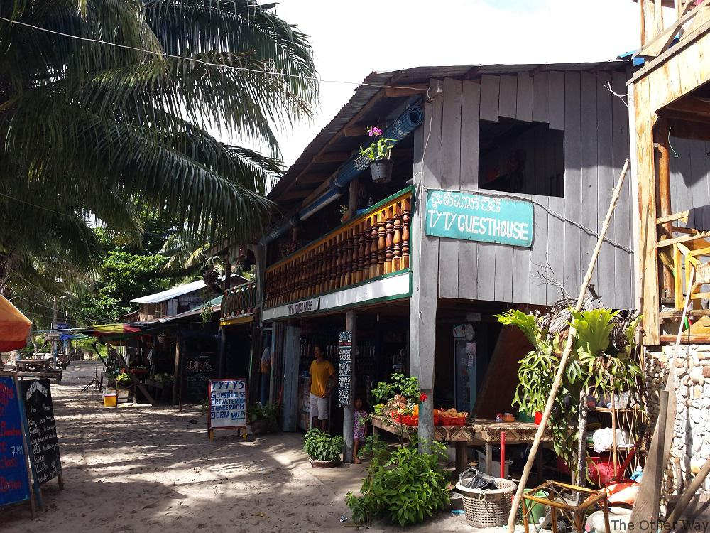 Alojamiento en Koh Rong, ty t's Guedt House